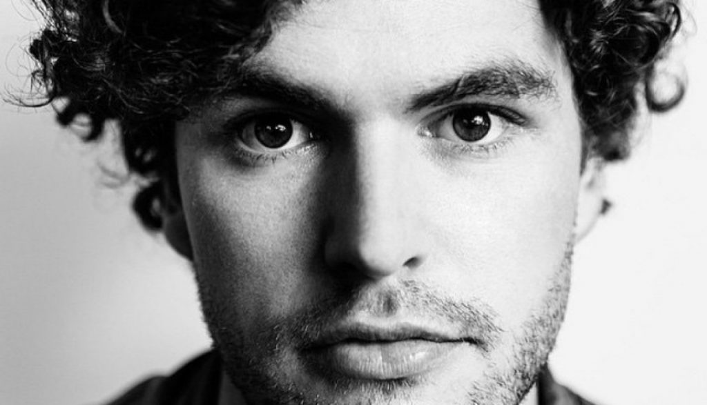 "Vance Joy lança lyric video de ""Saturday Sun"""